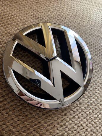 Эмблема Volkswagen  Passat USA CC Tiguan Jetta 3GD853601B 561853600