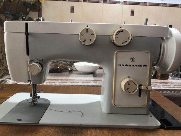 швейна машинка, швейная машинка, швейна машинка чайка 142м