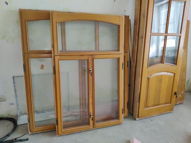 Деревянные окна и балконные двери