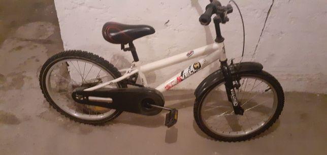 Sprzedam rower w dobrym satanie