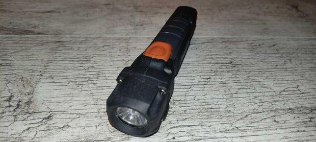 Latarka LED Energizer hardcase 250 lumenów, 2xAA