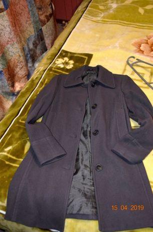 Цену снижено! Пальто женское SISLEY в идеальном состоянии