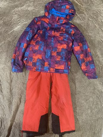 Костюм лыжный 10-13 лет, варежки лыжные , в идеальном состоянии