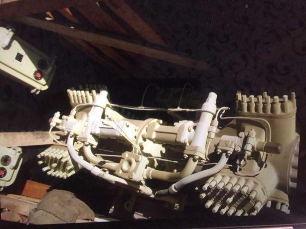 Уголок стальной 45х45\клинкетные задвижки ДУ-250\мотопомпы СССР