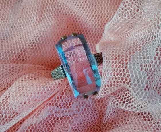 Серебряное винтажное кольцо, времен СССР, с камнем аметист. *875