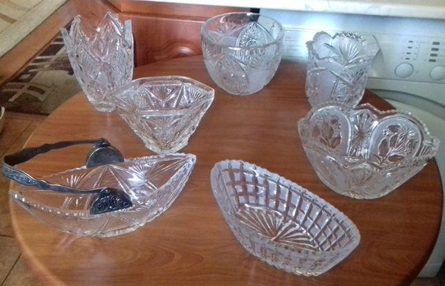 Хрусталь вазы разного размера и дизайна