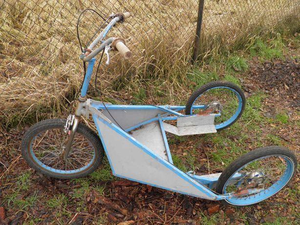 Treningowy wózek trzykołowy dla psiego zaprzęgu