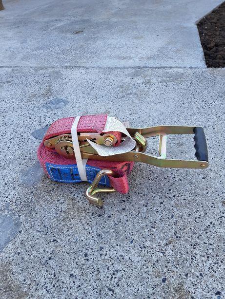 Пас затяжка для перевозок.