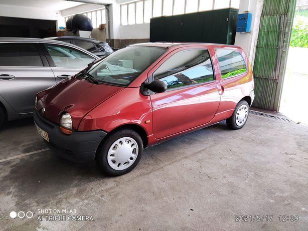 Renault Twingo carro de Garagem