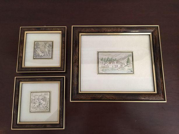 3 Quadros de madeira e prata  Medidas: 22x19 (maior)    12x12 (os 2 ma