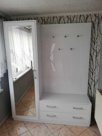 Garderoba biała, na połysk