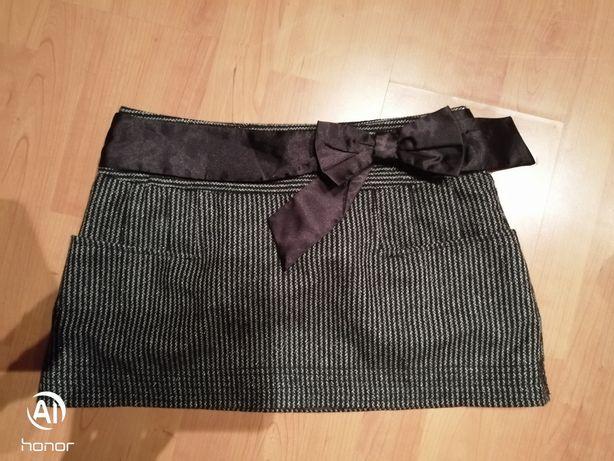 Elegancka i szykowna spódniczka S/M