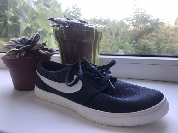 Продам оригинальные кросовки Nike SB