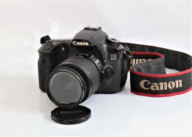 Canon 60D com lente Canon 18-55mm máquina fotográfica digital reflex