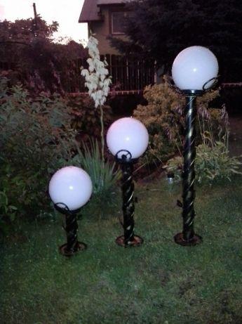Kute lampy ogrodowe styl i niepowtarzalność latarnia 90 cm