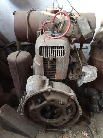 Traktorek SAM, silnik jednocylindrowy od motopompy