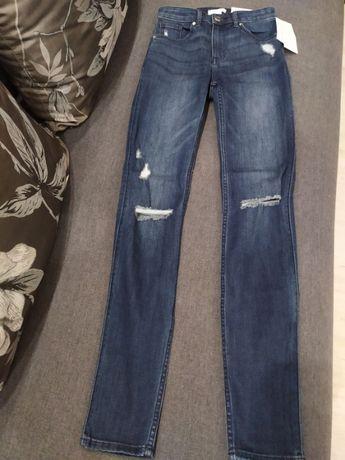 Джинси-рванки від H&M розмір UK4 EUR 32 дитячий 152-158 см