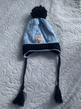 Тепла дитяча шапка на 2-4 роки