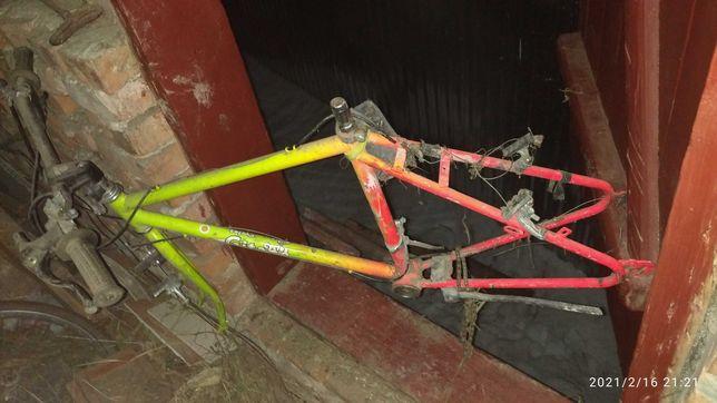 Продам раму від велосипеда