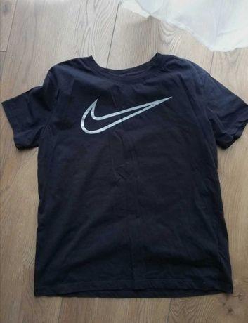 Podkoszulek czarny Nike