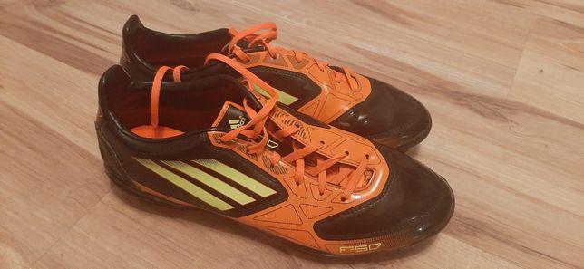 Buty korki Adidas f50 us 8 jak nowe