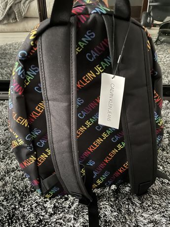 Продам рюкзак Calvin Clein оригинал