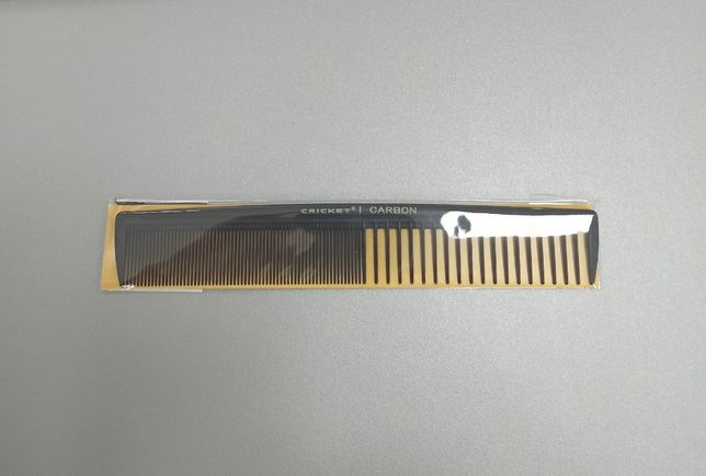 Мужская расческа cricket carbon comb c20