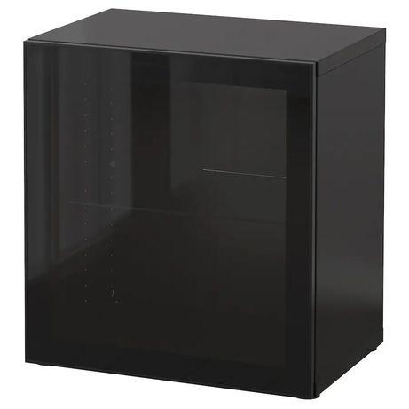 Módulo Bestå Ikea com porta vidro Glassvik
