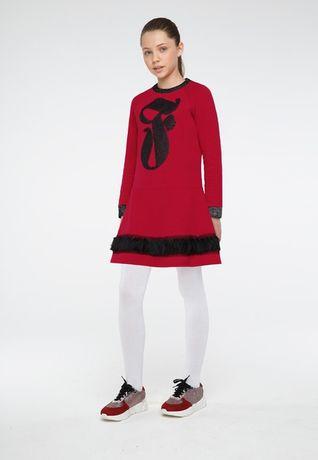 Трикотажное платье для девочки декорированное пайетками . Новое!
