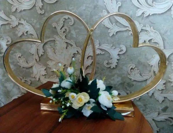 Свадебные кольца-сердца
