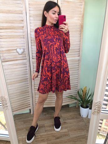 Яркое платье ASOS