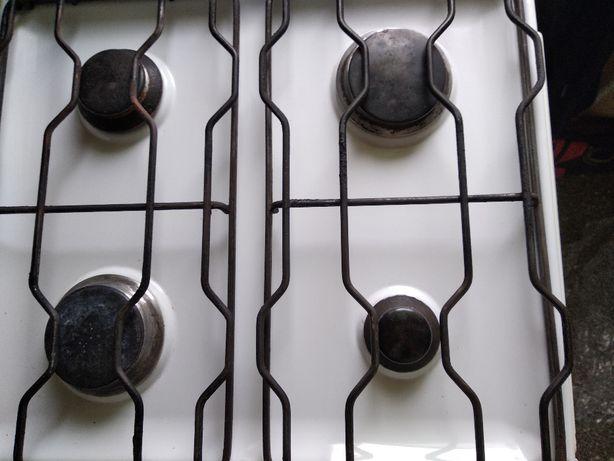 газовая плита De luxe б/у в рабочем состоянии