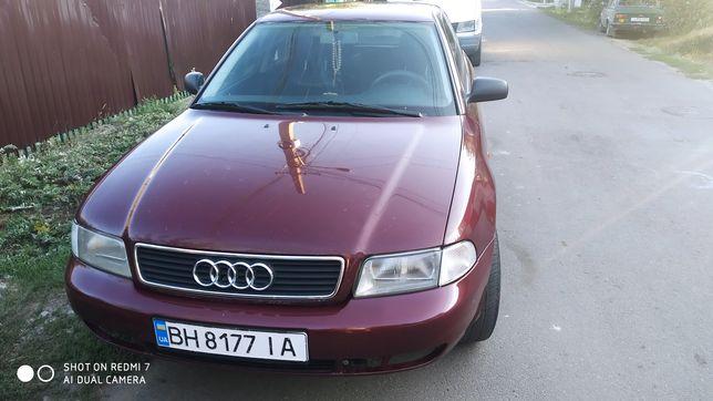 Продам автомобіль Audi A4 b 5