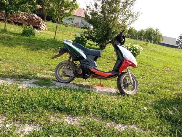 sprzedam Skuter 80 cc