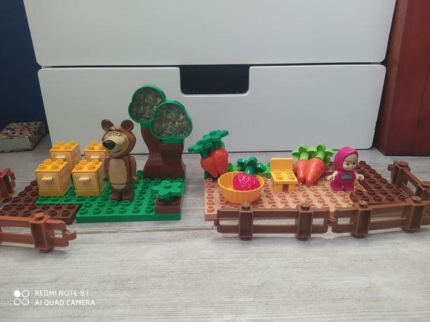 Masza i niedźwiedź ala lego duplo