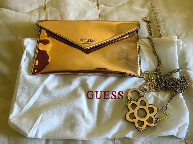 Magnifica clutch Guess