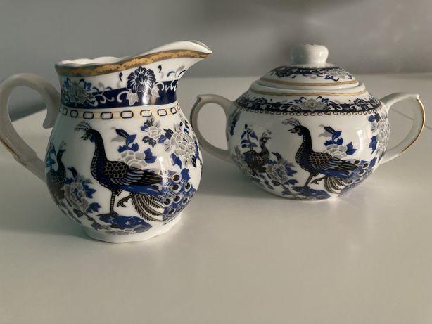 Porcelana Japońska cukiernica+mlecznik Pawie nowa
