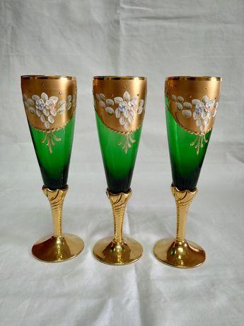 3 calices antigos em cristal murano banhados a ouro 24 KT 20 cm.