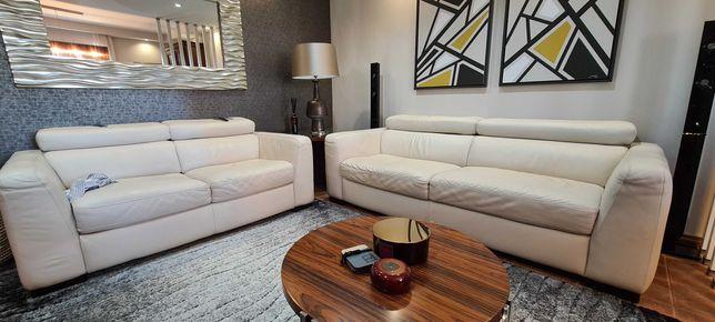 conjunto de 2 sofás em pele branca, da marca Italiana Chateau d'Ax