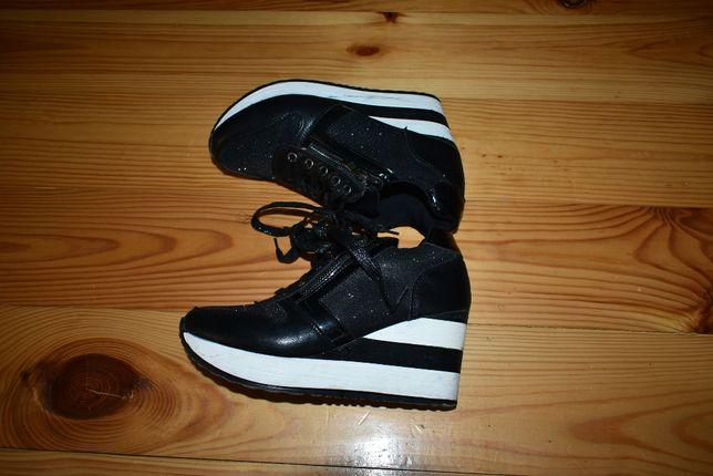 ботинки кроссовки ,сникерсы 36-37