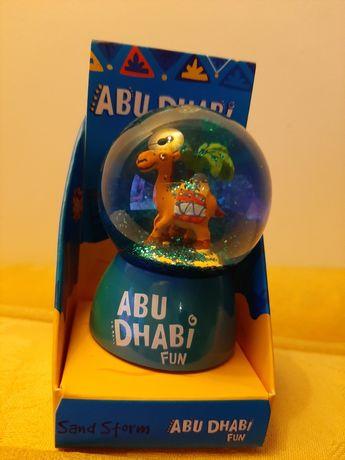 Globo de neve- souvenir Abu Dhabi NOVO
