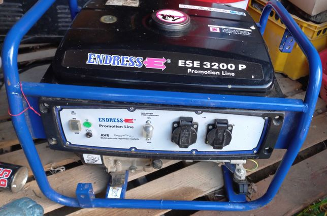 Agregat prądotwórczy generator prądu 230 V AVR
