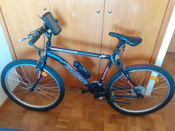 Bicicleta MTB Aro 26 e Acessórios - Pouco Uso