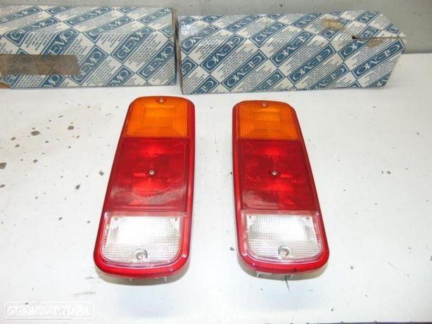 Mercedes furgão antigo farolins
