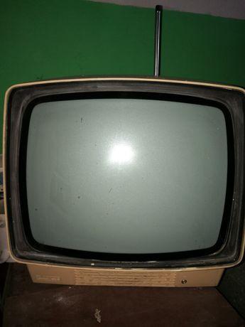 Tv czarno-biały sprawny PRL
