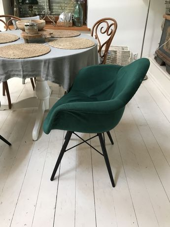 Krzesła nowoczesny design 4 sztuki welur
