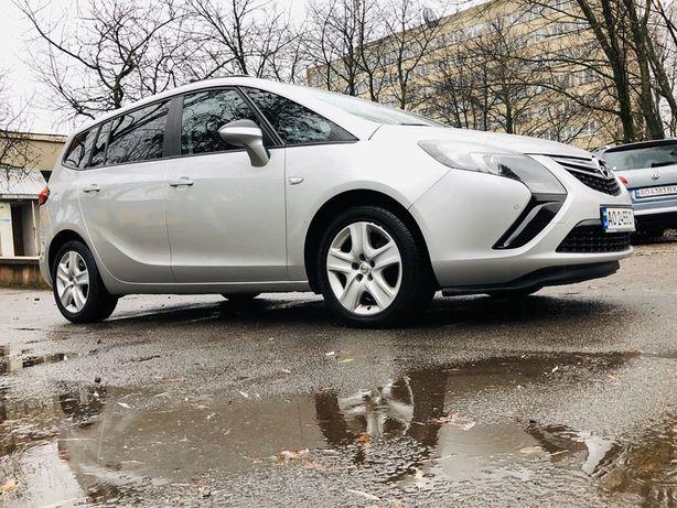 Продам Opel Zafira Tourer 2012рік 2.0 121kw