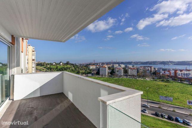 Umas das melhores vistas de Lisboa - Excelente T3 Restelo