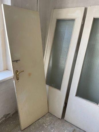Двери б/у межкомнатные, дверь входная