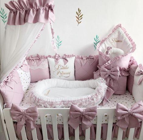 Набор в кроватку:бортики, плед, простыня, балдахин,подушка